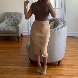 Dresses & Skirts - Tan suede skirt😍